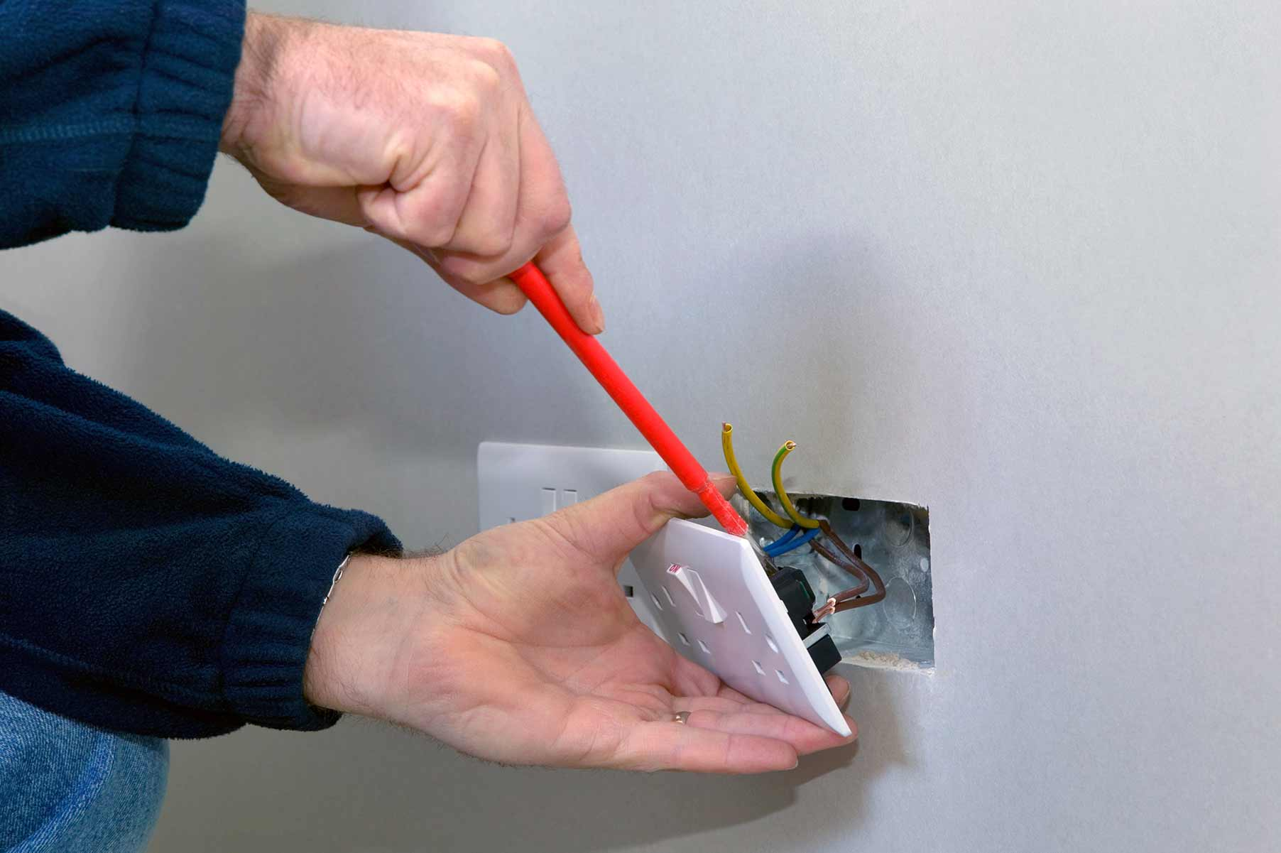 Our electricians can install plug sockets for domestic and commercial proeprties in Chislehurst and the local area.